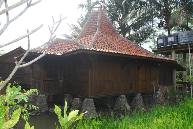 The Pikas Artventure Resort (Cottage), Banjarnegara