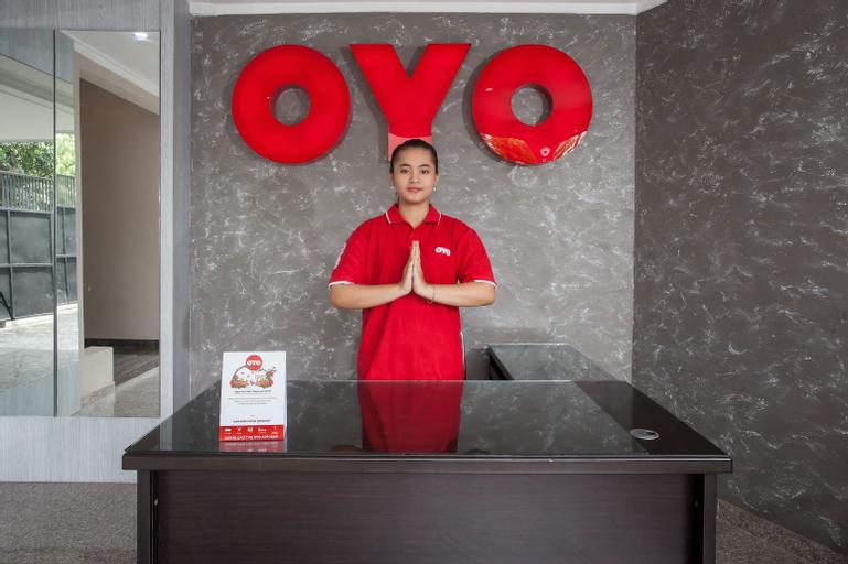 OYO 143 Dukuh Kupang Residence, Surabaya