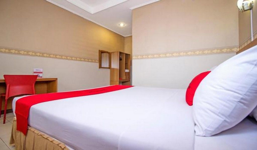RedDoorz Plus @ Sukamulya Pasteur 2, Bandung