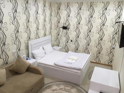 Hotel Triumph, Ninotsminda