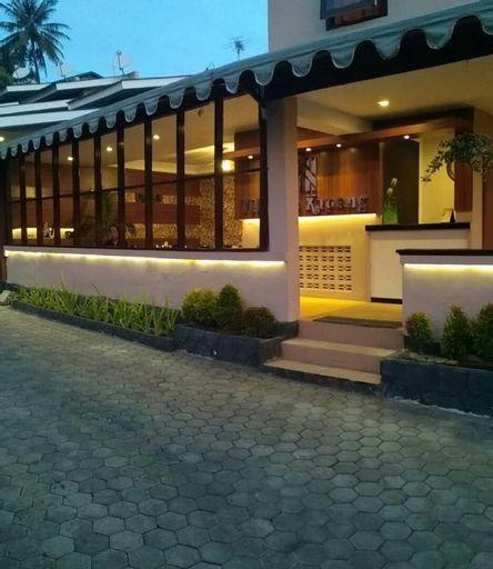 Villa de Kupang, Kupang