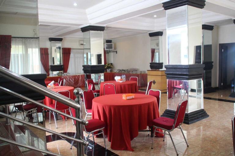 Topstar Hotel, Blora