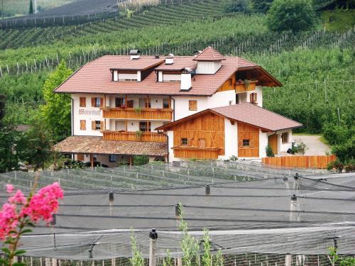 Wohnhof, Bolzano