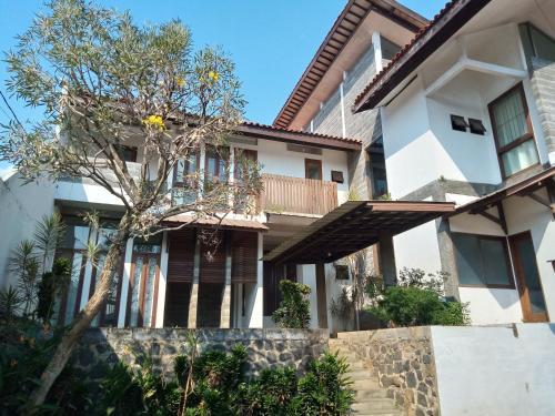 Marawa house pasteur kav 48, Bandung