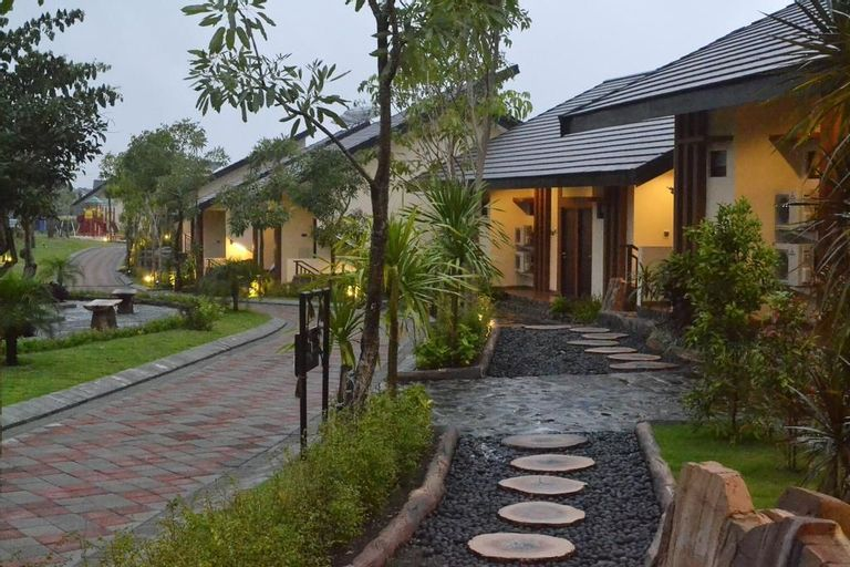 Bess Resort Hotel and Waterpark Lawang, Malang