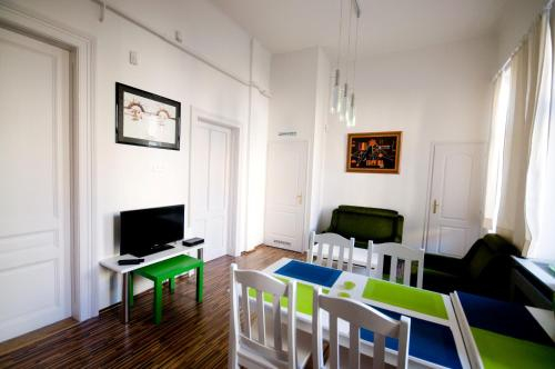 CentrAlom Apartman, Pécs