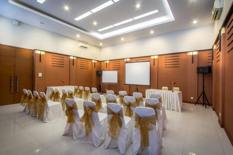 Hotel Quirin Semarang, Semarang