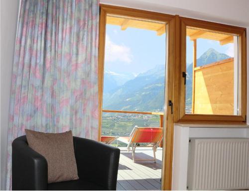 Schenna Garni Eden Bed & Breakfast, Bolzano