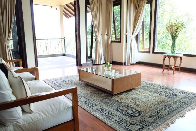 Villa Petra Ungaran, Semarang