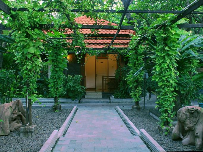 Sapta Nawa Resort, Gresik