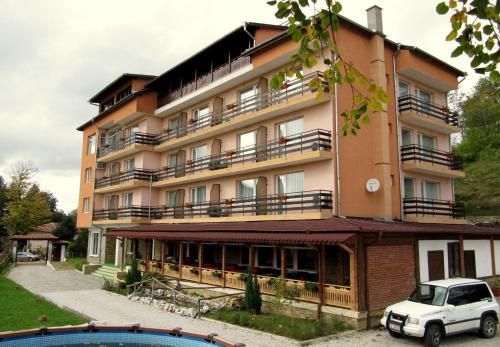 Family Hotel Lipite, Mezdra