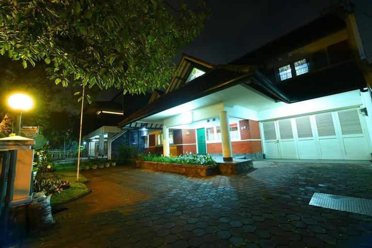 Kulem Rangga Gempol, Bandung