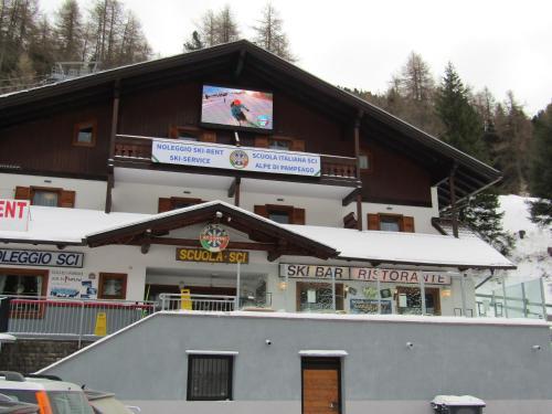 Lodge Ski Pampeago, Trento