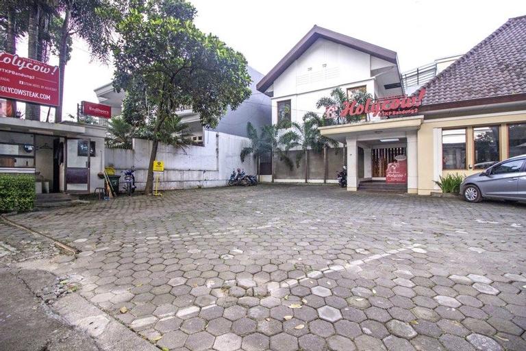 Residences by RedDoorz near Rumah Mode, Bandung