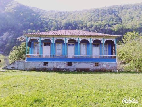 семеиныи отель Старыи Дом, Khoni