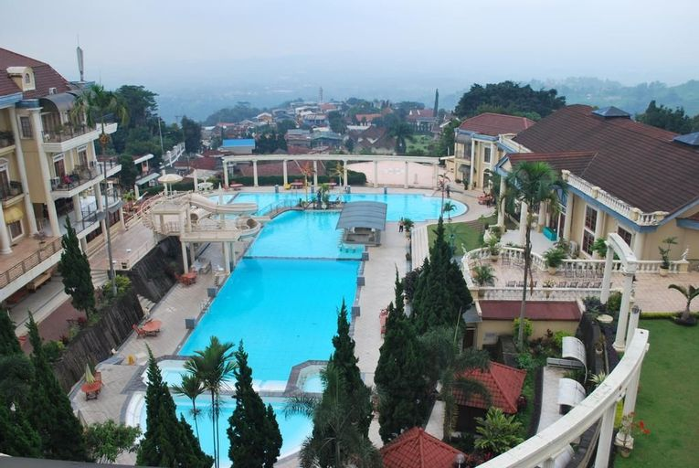 Tretes Raya Hotel & Resort, Pasuruan