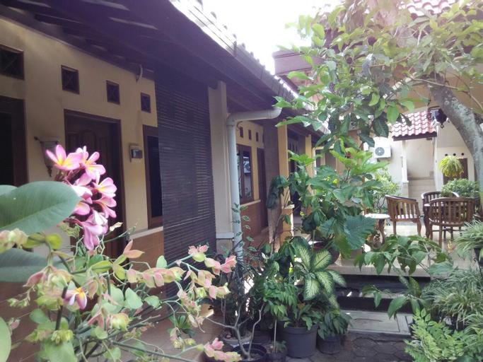 Adalia Homestay, Semarang