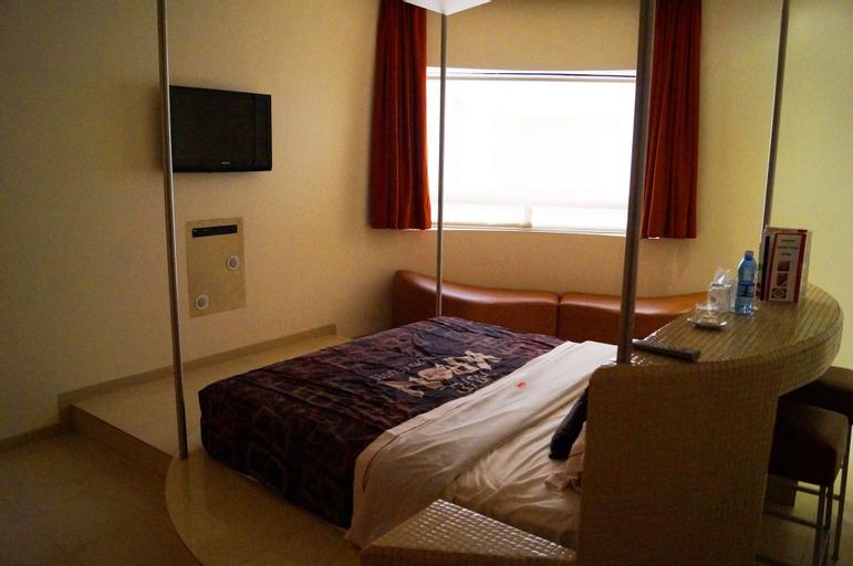 Hotel Kron, Alvaro Obregón