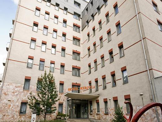 Hotel Kerpely, Dunaújváros