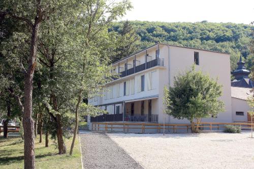 Szentkut Pilgrim Center, Bátonyterenye