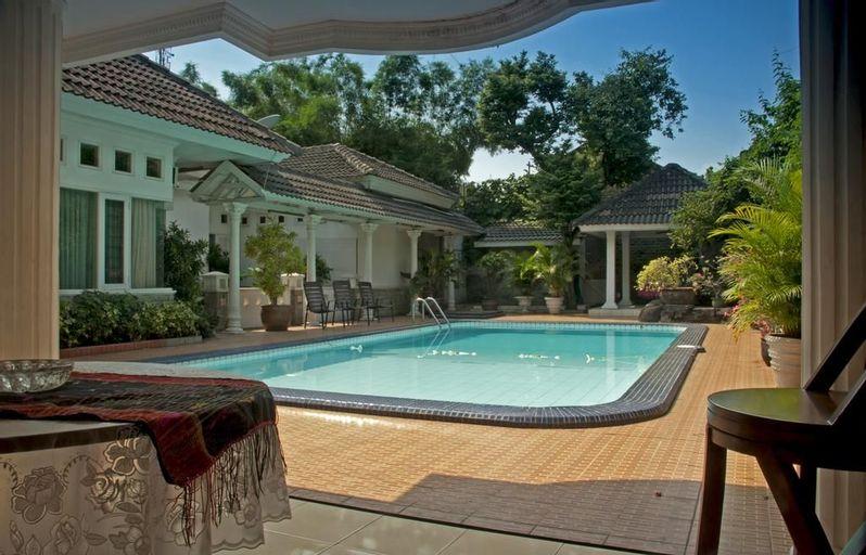 Villa Sri Manganti Jakarta, East Jakarta