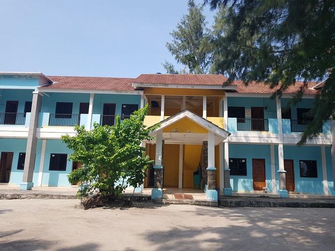 Villa Aini Homestay Pulau Pramuka, Thousand Islands