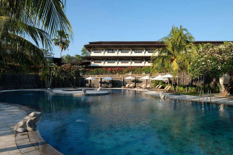 Grand Luley Manado, Manado