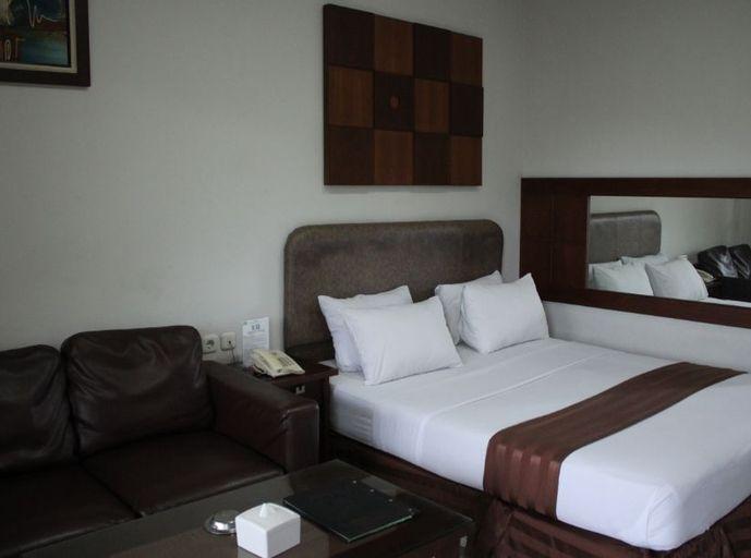 Hotel Grand Pangestu, Karawang