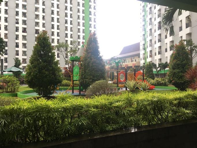 Apartment Green Lake View by Hexa Room, South Tangerang