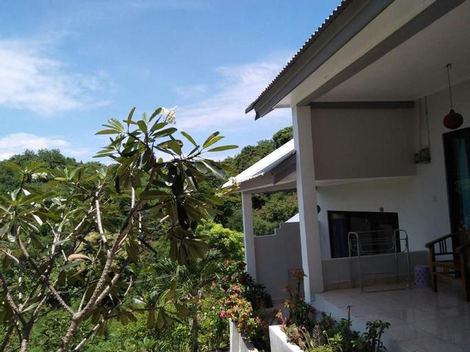 CF Komodo Hotel, Manggarai Barat