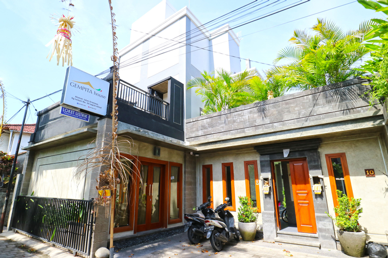 Gempita House Legian, Badung