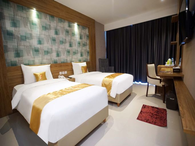 Triizz Hotel (Formerly Faustine), Semarang