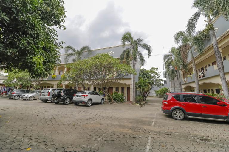 RedDoorz Plus @ Karet Pedurenan 3, Jakarta Selatan