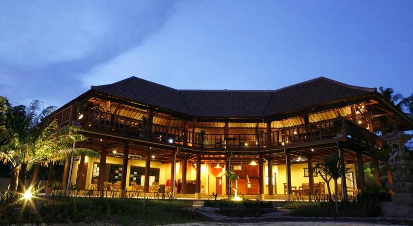 Royal Singosari Villa Karang, Lombok