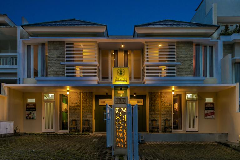 Dhanesvara Holistic Villa, Malang