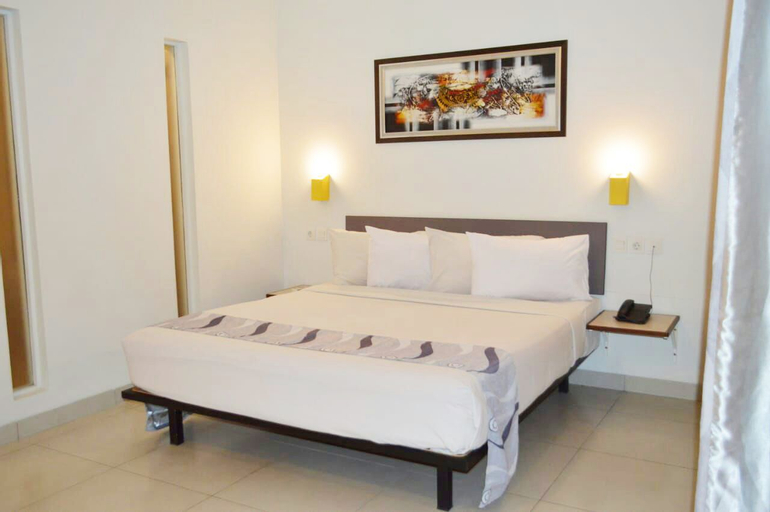 Koening Gallery Hotel Cirebon, Cirebon