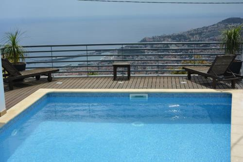 Choupana House-Private pool bay View, Funchal