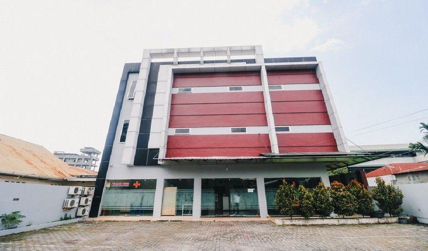 RedDoorz @ Jalan Krakatau Medan, Medan
