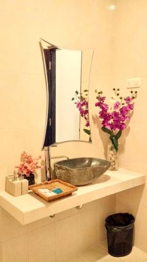Hotel Orchid Wonosari, Gunung Kidul