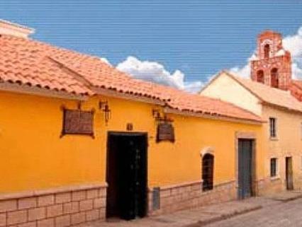 Santa Teresa, Tomás Frías