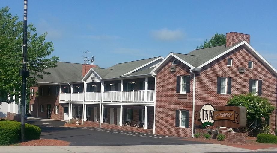 Inn at Cemetery Hill, Adams