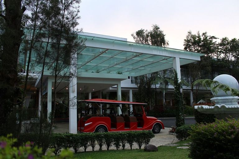 The Hill Hotel & Resort Sibolangit, Deli Serdang