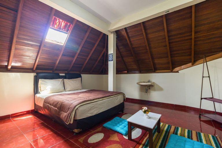 Pele Backpacker Guesthouse, Bandung