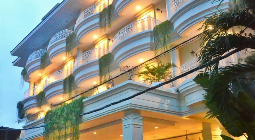 Amalfi Hotel Seminyak, Badung