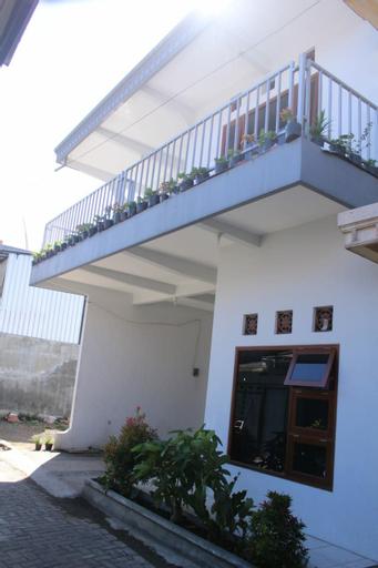 Villa Camar, Malang