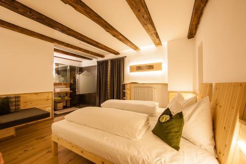 Hotel Restaurant Waldbichl, Bolzano