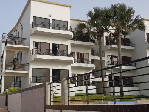 Relax waterfront serviced apartment, Kombo Saint Mary