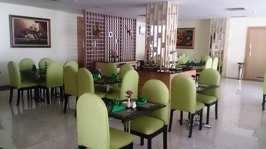 D'Grande Hotel Batam, Batam