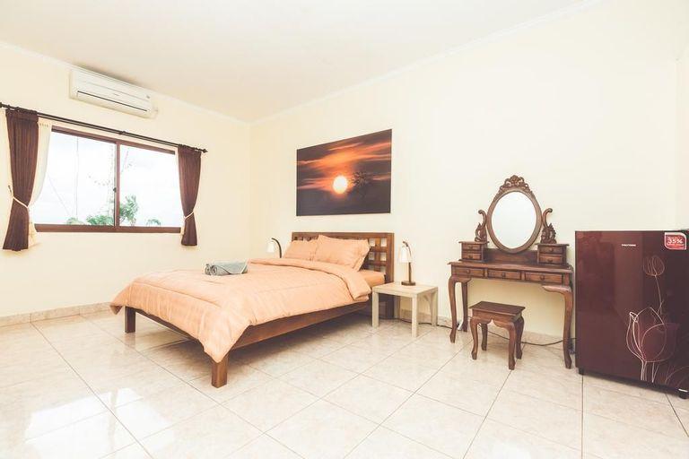 Hotel La Costa Central Seminyak, Badung