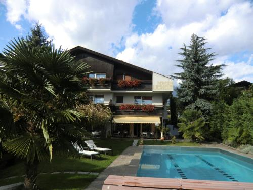 Garni Weingut, Bolzano
